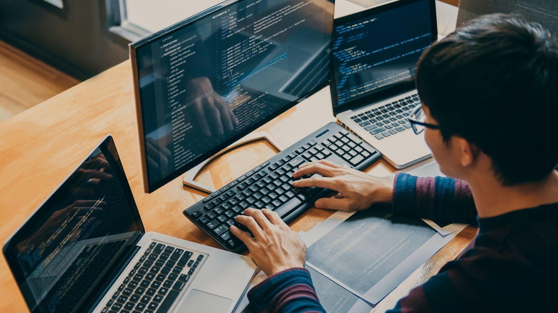 Programming with Python – Προγραμματισμός με τη Γλώσσα Python