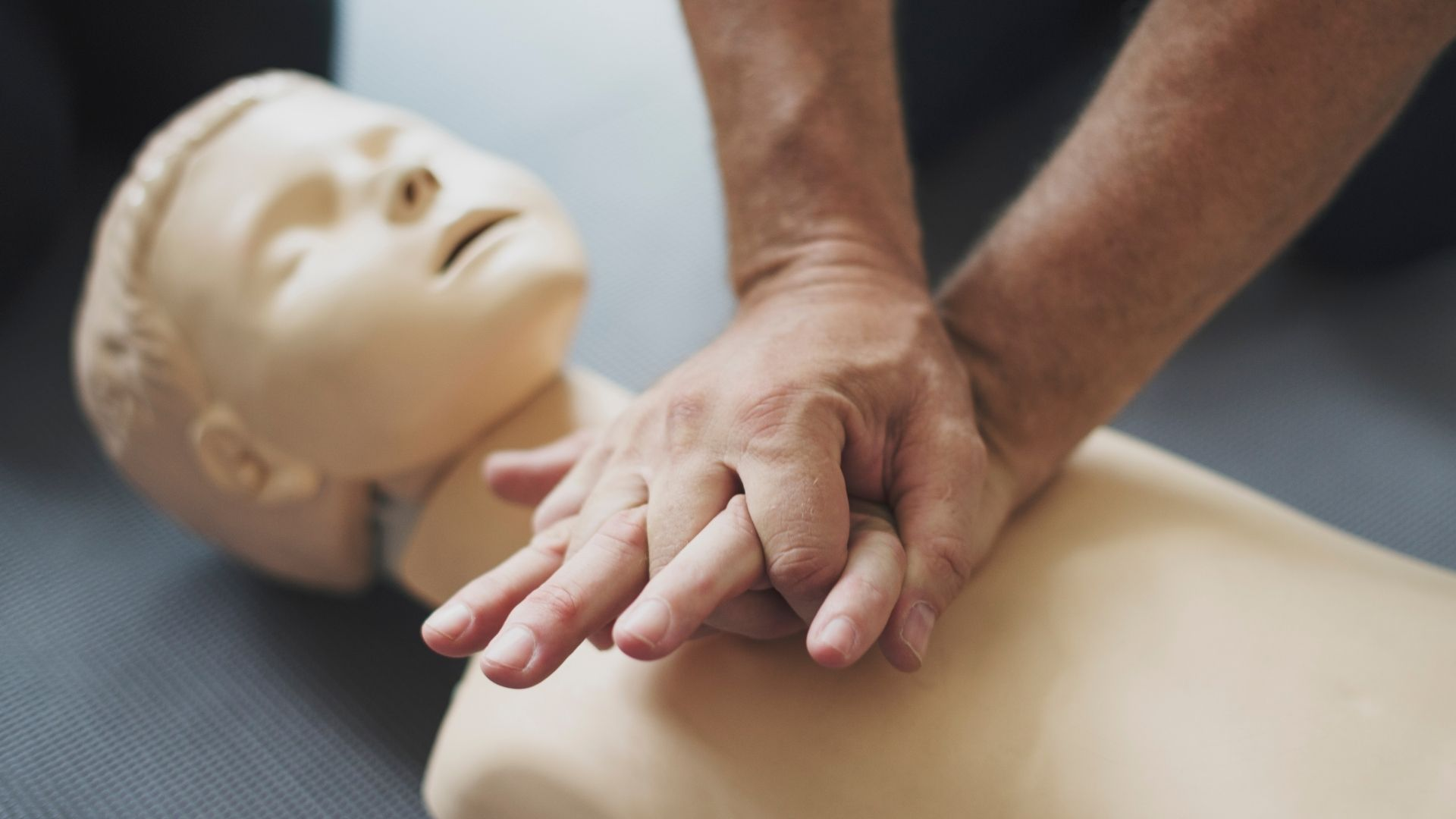 Read more about the article Πρώτες Βοήθειες – First Aid