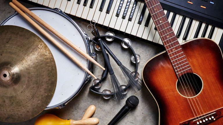 Read more about the article Μουσική – Κατεύθυνση: 1. Μουσική Εκτέλεση – Κλασική Μουσική, 2. Μουσική Εκτέλεση – Τζαζ Μουσική, 3. Μουσική Παιδαγωγική, 4. Δημιουργική Μουσική Τεχνολογία (BΜus, 4 έτη)