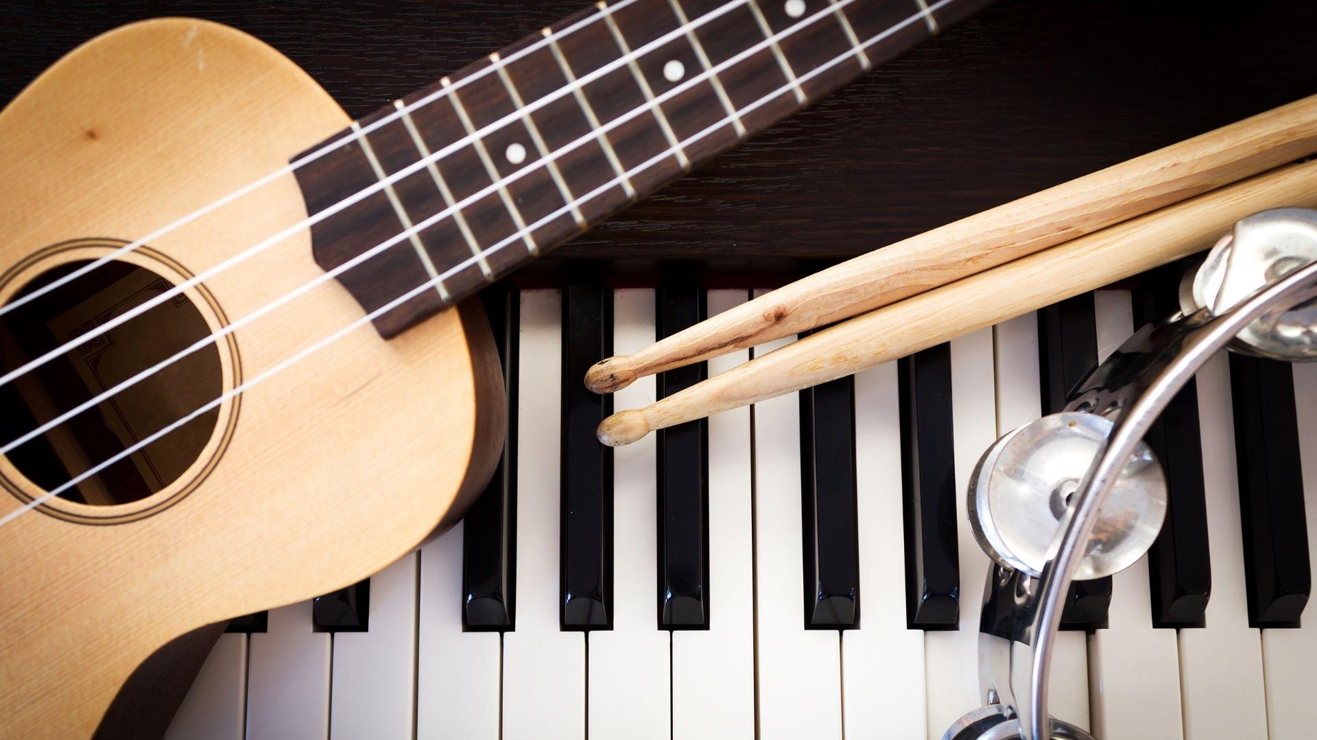 Μουσική (2)